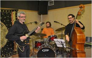 Sabato 21 febbraio alle 22.00 il Kairos Trio