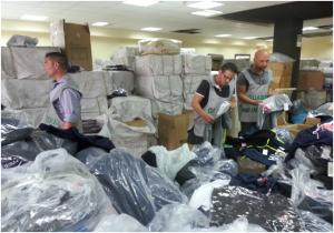 Falsi: sequestrati oltre 30 mila capi vestiario contraffatti