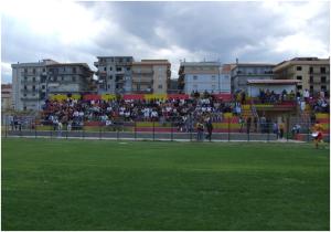 Calcio:coltello a gola calciatore, salta partita in Calabria