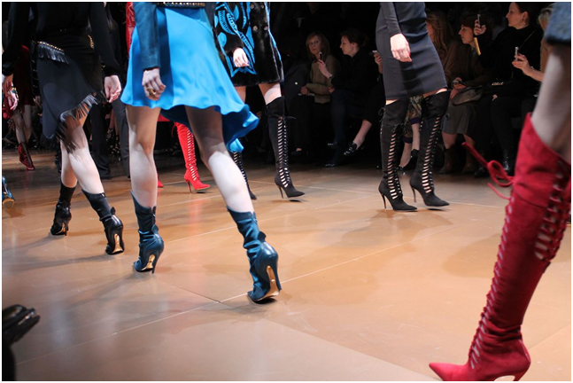 L ispirazione street per le scarpe dell Autunno Inverno 2015 2016 arriva  infatti da una ... 73c4e6864bd