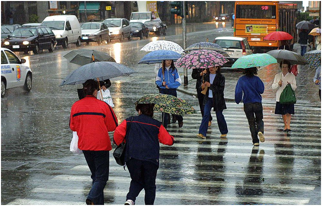 METEO ITALIA - domenica sera FRONTE FREDDO in arrivo con piogge e alcuni temporali