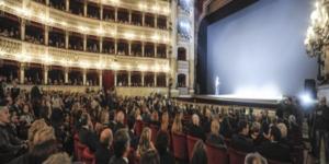 Pino Daniele: festa a S.Carlo per anteprima Il tempo restera'