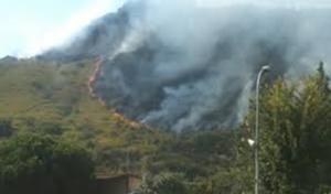 Campania tra roghi ed incendi