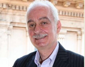 """Moretto: il corno, Napoli non ha Jella, """"ma un sindaco  incapace"""""""