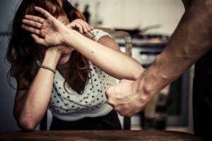 Femminicidio:D'Anna, donna porta con se' idea preda,sia cauta