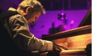 La musica, fa tappa a Pietrelcina il tour di Mario Romano