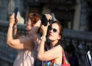 Turismo: Bianchi, spingera' economia verso nuovi posti lavoro