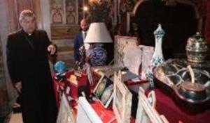 """Asta di Beneficenza, """"promossa dal Cardinale Sepe e dalla Rai"""""""