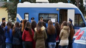 """Domani il camper della Polizia di Stato per il progetto """"Blue Box"""""""