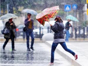 Meteo Napoli, Campania: piogge, temporali e forte vento