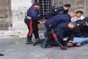 Caserta: Picchiano i carabinieri, neutralizzati con spray peperoncino