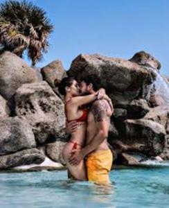 """Cecilia Rodriguez e Ignazio Moser, scelgono la Sardegna per una vacanza in """"love"""""""