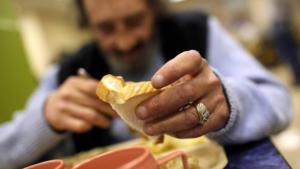 Povertà: parroco Pomigliano D'Arco, finiti fondi per aiuti