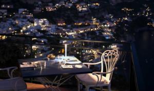 Ferragosto all'hotel Le Agavi di Positano Tre giorni di festa tra musica, cibo e fuochi d'artificio