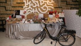 "Christmas Party Eco-Friendly  del Gruppo Laringe al ""Cala Moresca"""