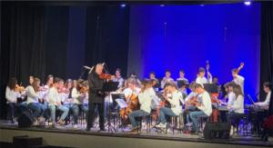 """Tutti incantati al Teatro De Rosa di Frattamaggiore per il concerto """"Da Durante ad Oggi-Immagini in Musica"""""""