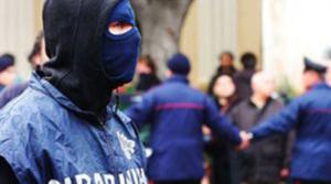 Camorra: Dia, clan si mimetizzano per difendersi