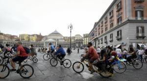 Ciclismo: domenica al via l'ottava 'Napoli Bike Festival'
