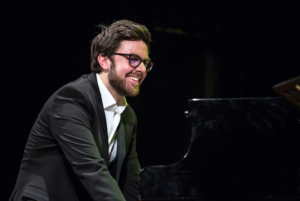 """Evento Jazz: Julian Oliver Mazzariello in concerto con """"solo e non Solo"""""""