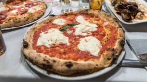 Pizzaioli a confronto: la pizza e' di scena