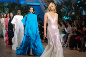 Fashion Week: negli abissi marini con Alberta Ferretti Cruise