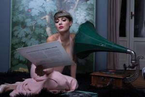 "Musica: Simona Molinari apre a Napoli tour ""Sbalzi D'Amore"""