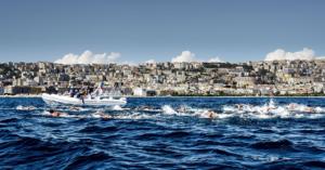 Nuoto di fondo: al via la seconda Capri-Napoli non agonistica