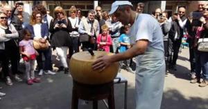 Torna Caseifici Aperti, festa per il Parmigiano Reggiano