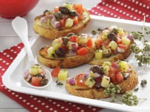 Bruschette sfiziose: ricette per l'estate.facili e sfiziose