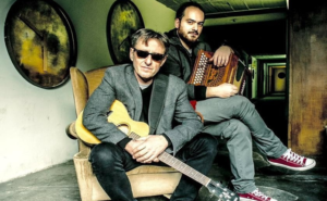 "A Sala Ichòs: Canio Loguercio & Alessandro D'Alessandro in ""Canti, ballate e ipocondrie d'ammore"""