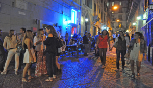 Napoli, i baretti e la movida notturna: lo S'move si allarga e prepara una grande festa