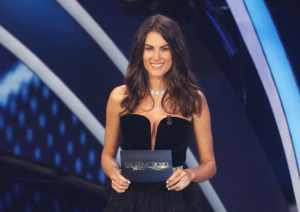 Sanremo: Francesca Sofia Novello, gag sul passo indietro