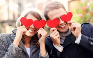 """San Valentino, tradizione dal sapore romantico, """"fiori e cioccolatini"""""""