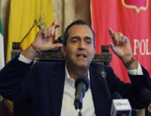 Il post del Sindaco De Magistris: Napoli non si Lega, Salvini statt' a casa!