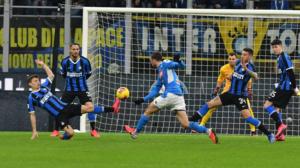 l Napoli stende l'Inter: magia di Fabian Ruiz
