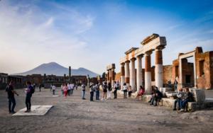 Pompei: fasce orarie e controlli, la ripartenza è in due fasi