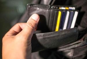 """Giovane immigrato: rapina il portafoglio a un passante """"arrestato"""""""