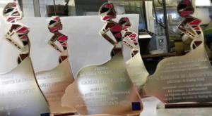 A Giorgio Armani: il premio La moda veste la pace