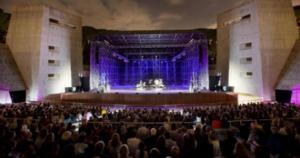 """Arena Flegrea: musica e cinema, """"Via all`estate"""""""