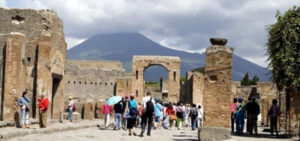 """Turismo in Campania: """"è allarme rosso"""" le presenze risultano diminuite addirittura del 90%."""