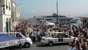 "Boom di arrivi nel weekend per Ischia e Procida, ""oltre trentamila"""