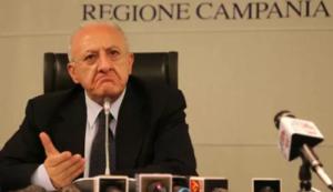 """Coronavirus Campania, De Luca: """"Quarantena per chi rientra dall'estero o multa da mille euro"""""""