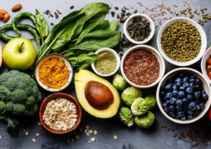 Cucina indiana, si curcuma e te' verde, no a eccesso di spezie