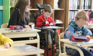 Riaprono le Elementari: la scuola per disabili ha già i bimbi in classe