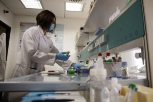 Johnson&Johnson, sospende sperimentazione del vaccino