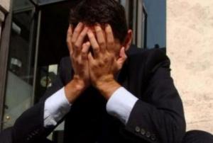 """Suicida piccolo imprenditore, """"stroncato dalla crisi"""""""