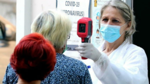 """Coronavirus in Campania: sono 1.132 i nuovi casi, Vacci """"Pffizer fa retromarcia"""""""