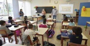 """Il primo giorno di scuola, """"sei alunni positivi"""" scatta l'allarme, senza vaccini resta la paura"""