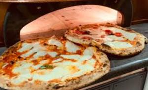 La pizza e' il cibo piu' cercato nel mondo per l'asporto