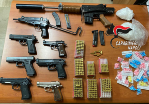 Armi e droga: trovate dai carabinieri a Brusciano